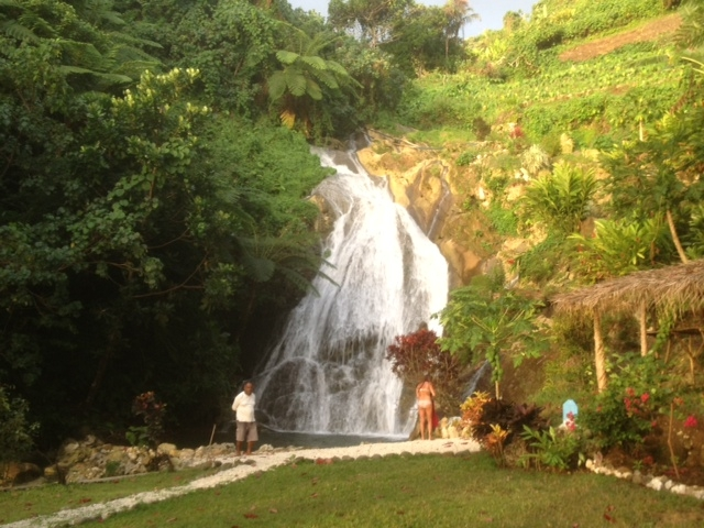 waterfall-at-asanvari